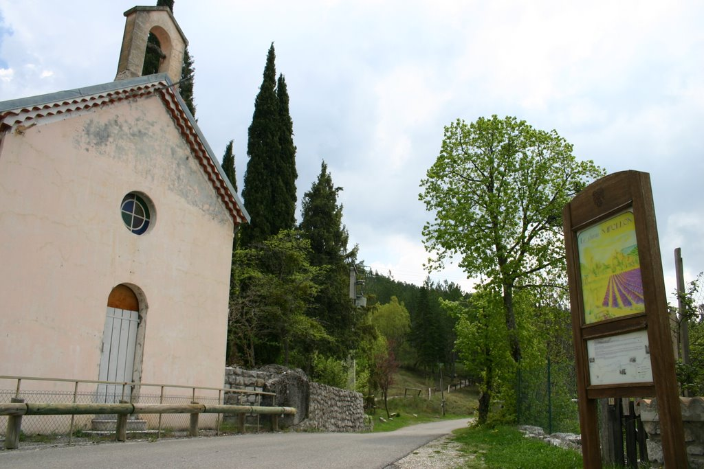 The Chapel in La Clappe. Photograph © Hans Sterkendriec, Panoramio